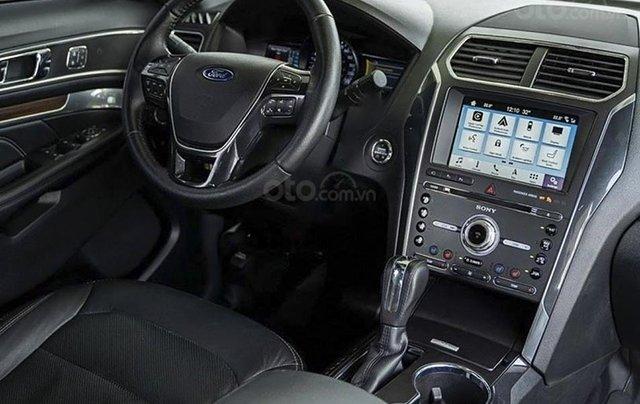 Bán ô tô Ford Explorer sản xuất năm 2019, màu đỏ, nhập khẩu còn mới3