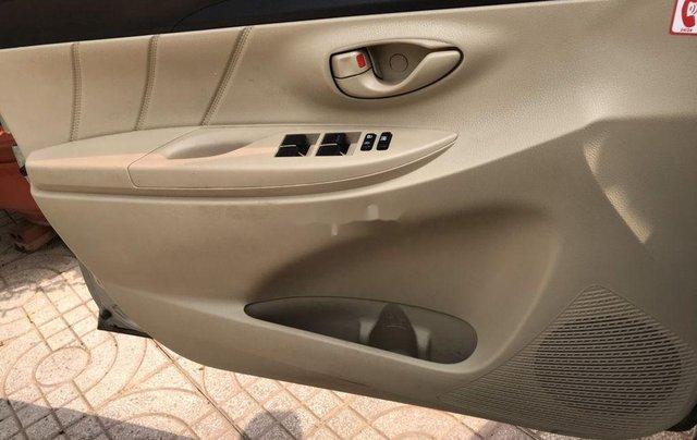 Bán Toyota Vios năm 2017, xe chính chủ giá ưu đãi5
