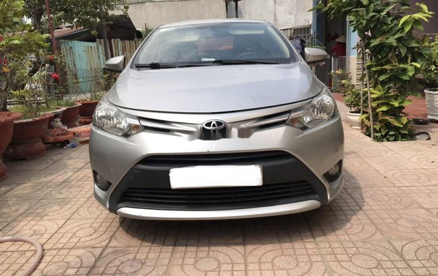 Bán Toyota Vios năm 2017, xe chính chủ giá ưu đãi0
