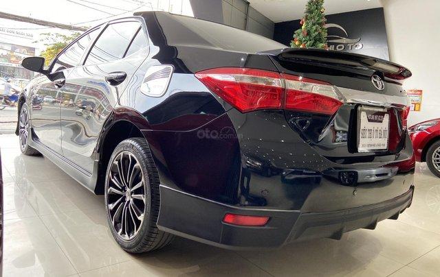 Bán xe Toyota Corolla Altis 2.0AT, màu đen, trả góp chỉ 206 triệu4