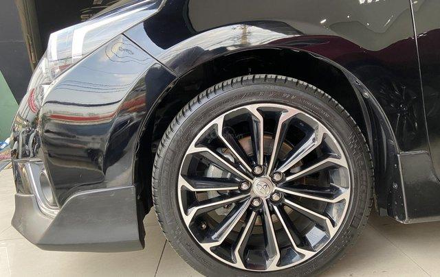 Bán xe Toyota Corolla Altis 2.0AT, màu đen, trả góp chỉ 206 triệu11