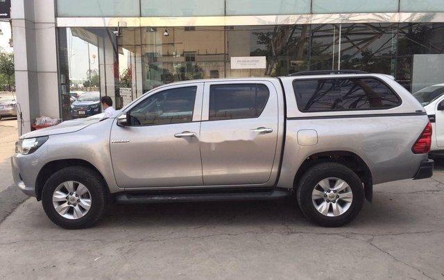 Cần bán xe Toyota Hilux 2.5E MT năm 2015, nhập khẩu nguyên chiếc, giá tốt9