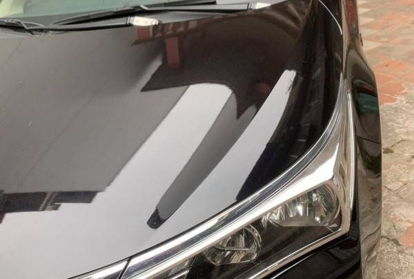 Cần bán gấp Toyota Corolla Altis sản xuất 2015 còn mới, giá tốt0