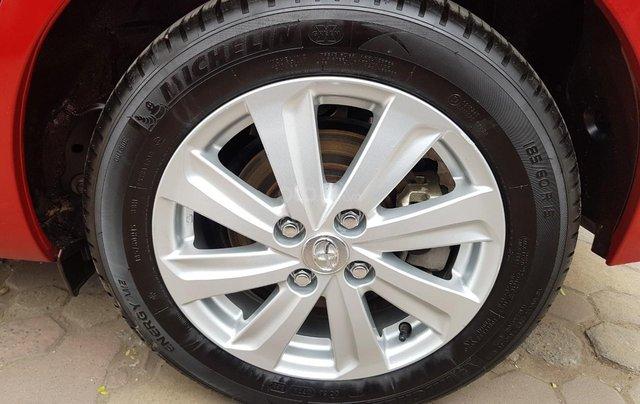 cần bán Toyota Yaris 1.3 2014 đỏ rực rỡ9