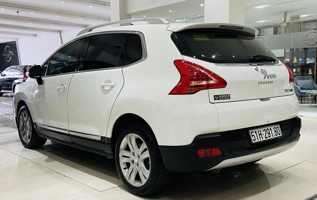 Bán xe Peugeot 3008 năm sản xuất 2014, giá chỉ 550 triệu4