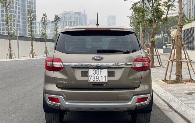 Bán xe Ford Everest năm sản xuất 2018 xe đẹp mới long lanh3
