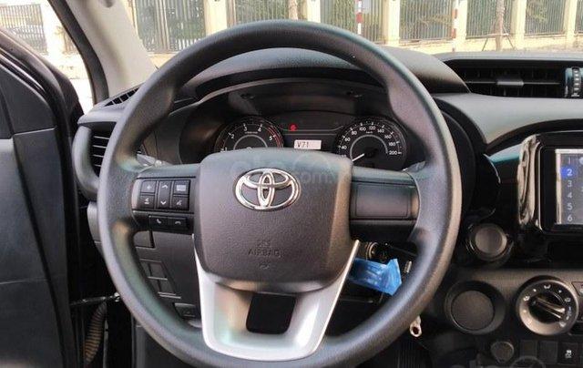 Bán nhanh chiếc Toyota Hilux 2.4AT sản xuất năm 20199