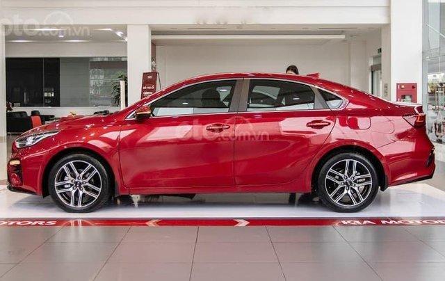 Kia Cerato 2021 - Bản tiêu chuẩn màu đỏ - Xe có sẵn giao ngay - Giảm giá tiền mặt3