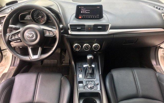 Bán nhanh chiếc Mazda 3 hatchback đời 2019 màu trắng7