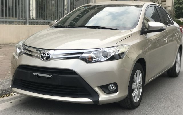 Bán xe Toyota Vios G 2018, màu vàng cát0