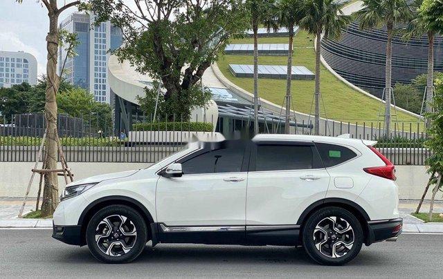 Cần bán gấp Honda CR V 1.5Turbo siêu lướt 6000 km sản xuất 2019, nhập khẩu nguyên chiếc2