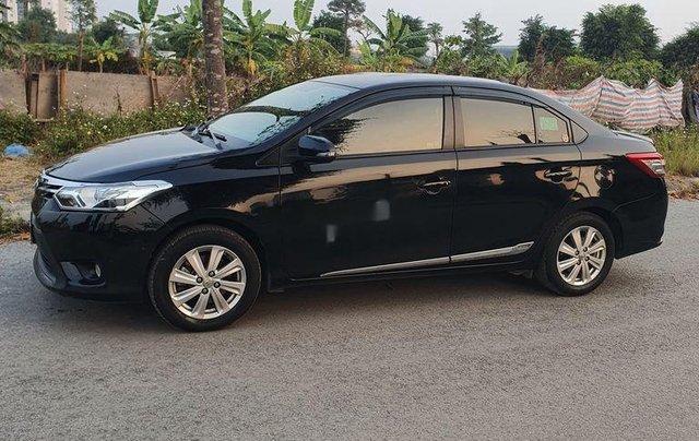Cần bán lại xe Toyota Vios sản xuất 2015, giá ưu đãi0