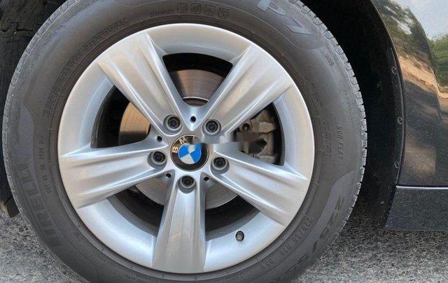 Cần bán lại xe BMW 3 Series 320i năm sản xuất 2014, nhập khẩu nguyên chiếc11