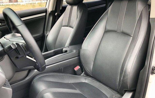Bán ô tô Honda Civic 1.8G sản xuất năm 2019, nhập khẩu10