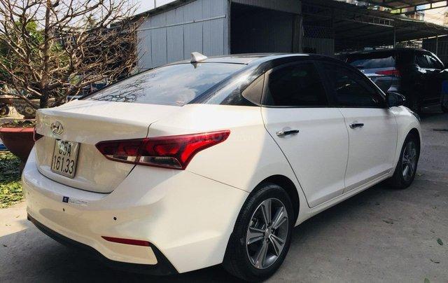Bán Hyundai Accent 1.4AT bản đặc biệt, đi 22.000km3