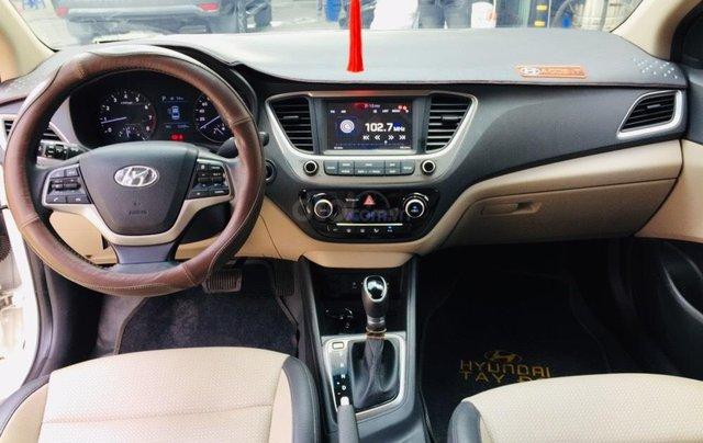 Bán Hyundai Accent 1.4AT bản đặc biệt, đi 22.000km10