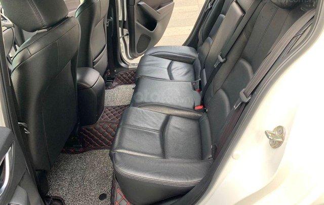 Bán nhanh Mazda 3 1.5AT Facelift năm 2017, màu trắng, giá nhỉnh 500 triệu4