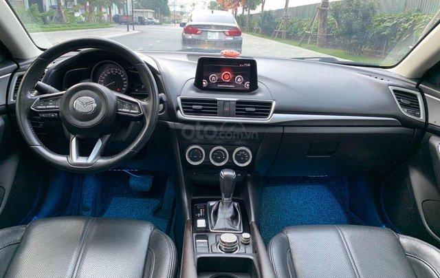 Bán nhanh Mazda 3 1.5AT Facelift năm 2017, màu trắng, giá nhỉnh 500 triệu3