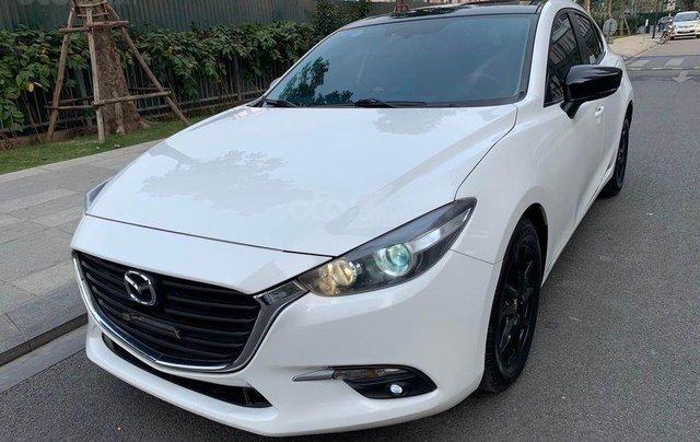 Bán nhanh Mazda 3 1.5AT Facelift năm 2017, màu trắng, giá nhỉnh 500 triệu1