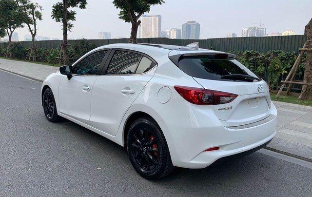 Bán nhanh Mazda 3 1.5AT Facelift năm 2017, màu trắng, giá nhỉnh 500 triệu2