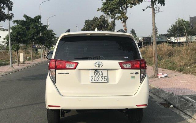 Cần bán Toyota Innova sản xuất năm 2019, màu trắng, số sàn4