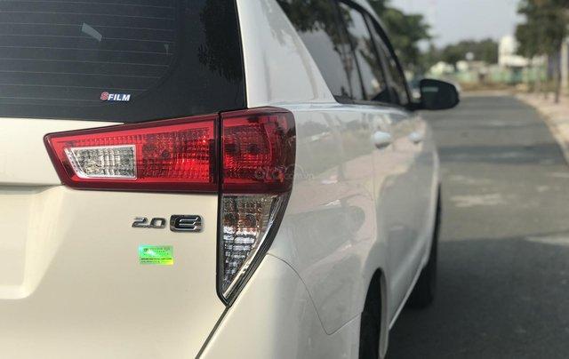 Cần bán Toyota Innova sản xuất năm 2019, màu trắng, số sàn6