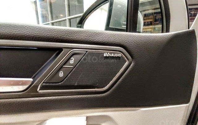 Ưu đãi hấp dẫn tặng IP12 và bộ kiện cao cấp xe Tiguan Luxury S màu đen nội thất cam-đen mới nhập, 7 chỗ, 2.0TSI6