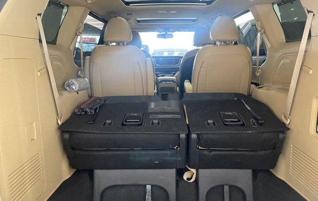 Bán xe Kia Sedona năm 2019 còn mới3