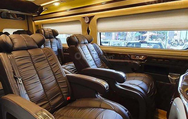 Cần bán Ford Transit Limousine S1 sản xuất 2020, màu đen, giá chỉ 939 triệu4