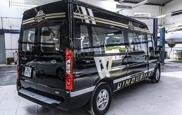 Cần bán Ford Transit Limousine S1 sản xuất 2020, màu đen, giá chỉ 939 triệu3