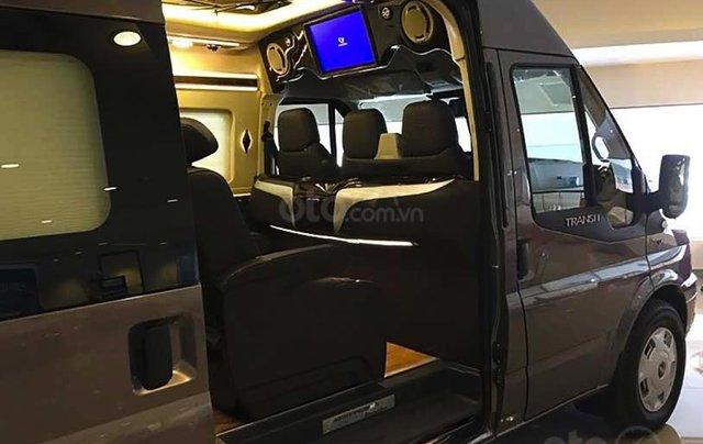 Cần bán Ford Transit Limousine S1 sản xuất 2020, màu đen, giá chỉ 939 triệu1