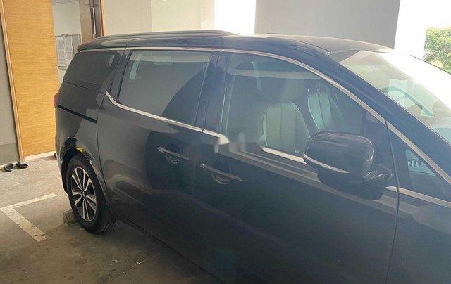 Bán xe Kia Sedona năm 2018 còn mới7