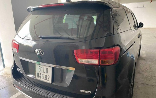 Bán xe Kia Sedona năm 2018 còn mới6