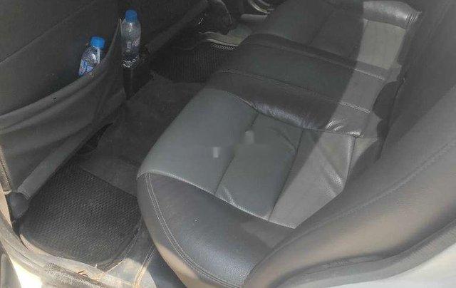 Cần bán xe Mazda 323 năm sản xuất 1995, màu trắng, nhập khẩu6
