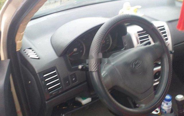 Cần bán Hyundai Getz năm 2010, xe nhập còn mới5