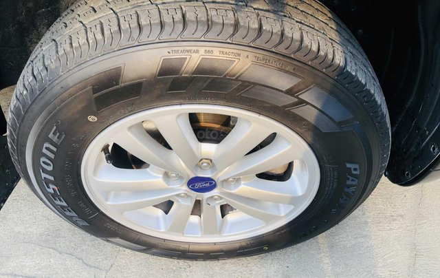 Bán ô tô Ford Escape đăng ký lần đầu 2009, màu đen mới 95%, giá tốt 355 triệu đồng6