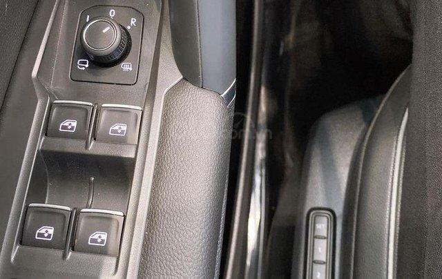 Tiguan Luxury S 2021 xanh rêu độc đáo, xe có sẵn, giao ngay, tận nhà, tặng IP12+ Gói phụ kiện cao cấp - LH Ms Uyên5