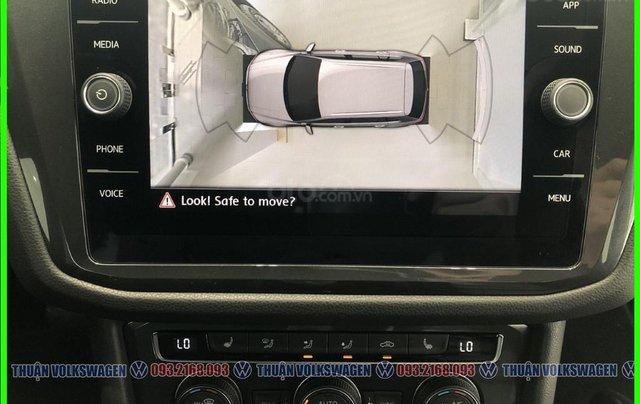 [VW Trường Chinh] Giảm trước bạ 100% Tiguan Luxury màu đỏ tháng 3/2021, luôn có sẵn nhiều xe, nhiều màu giao ngay8
