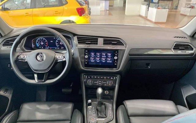 [VW Trường Chinh] Giảm trước bạ 100% Tiguan Luxury màu đỏ tháng 3/2021, luôn có sẵn nhiều xe, nhiều màu giao ngay9