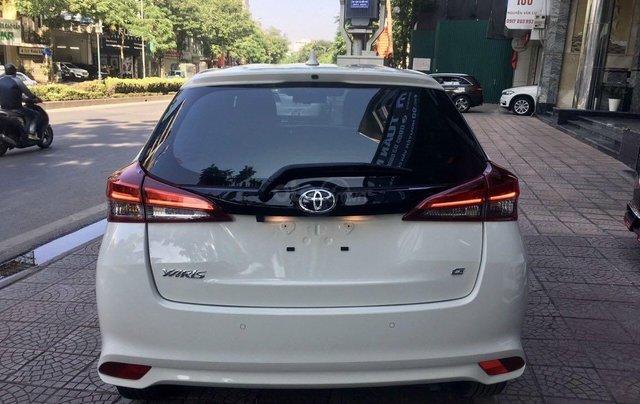 Cần bán lại xe Toyota Yaris đời 2019, màu trắng xe gia đình giá chỉ 620 triệu đồng4