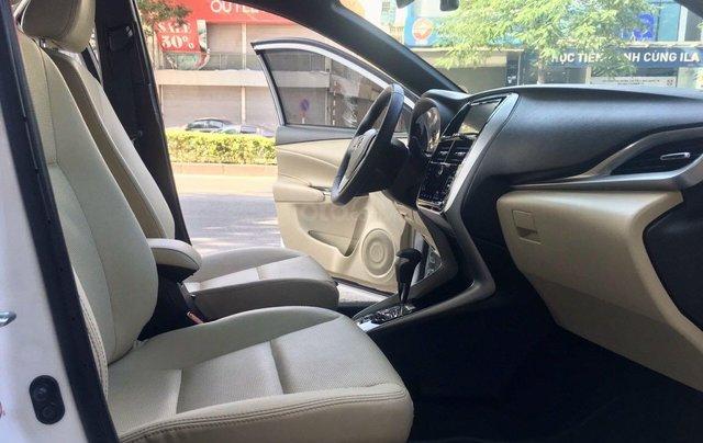 Cần bán lại xe Toyota Yaris đời 2019, màu trắng xe gia đình giá chỉ 620 triệu đồng8
