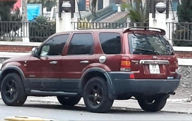 Cần bán xe nhà Ford Escape 2.3L sản xuất năm 20040