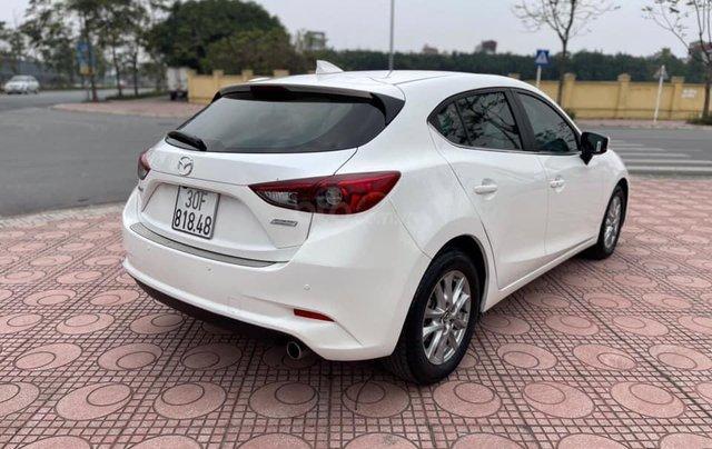 Cần bán gấp Mazda 3 hatchback năm 2019, màu trắng cực lướt3