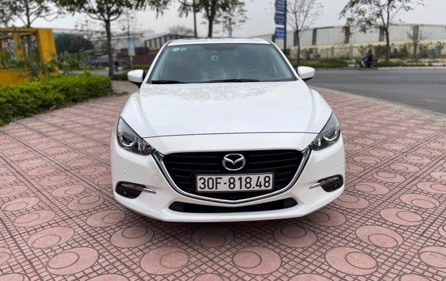 Cần bán gấp Mazda 3 hatchback năm 2019, màu trắng cực lướt1