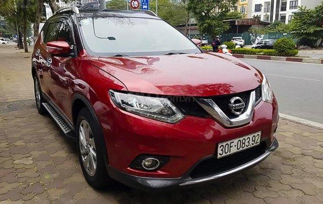 Cần bán lại xe Nissan X trail sản xuất 2017, màu đỏ còn mới, giá tốt0