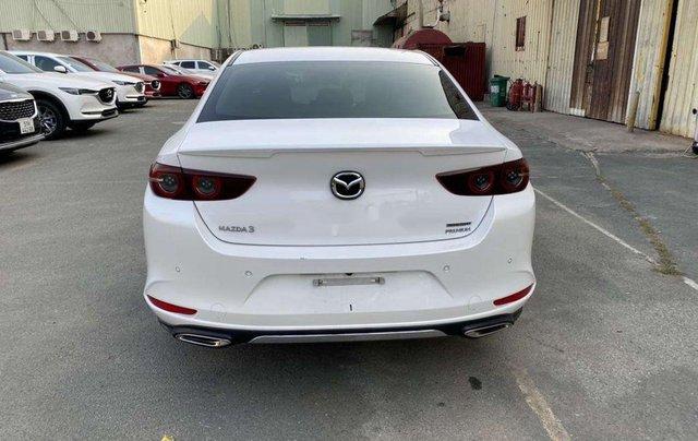 Cần bán gấp Mazda 3 năm 2020, màu trắng, nhập khẩu 2