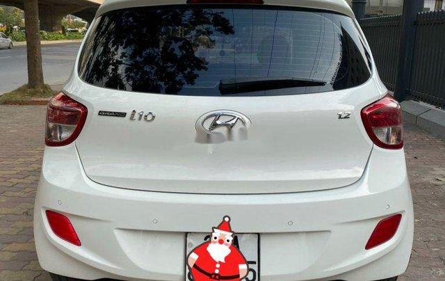 Cần bán gấp Hyundai Grand i10 sản xuất năm 2015, xe nhập, giá tốt2