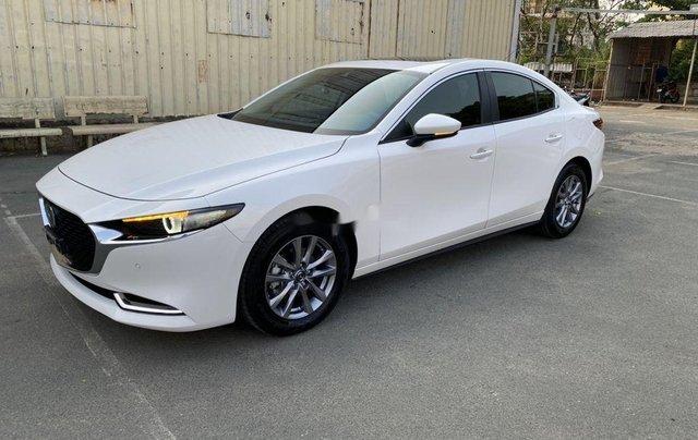 Cần bán lại xe Mazda 3 đời 2019, màu trắng chính chủ, giá 819tr2