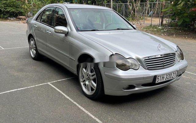 Bán ô tô Mercedes C200 năm sản xuất 2002, xe nhập4