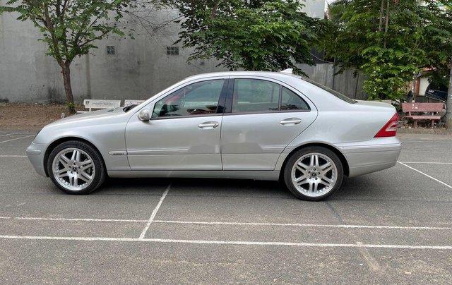 Bán ô tô Mercedes C200 năm sản xuất 2002, xe nhập0